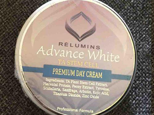Relumins Advanced Whitening Cream vs. Zeta White