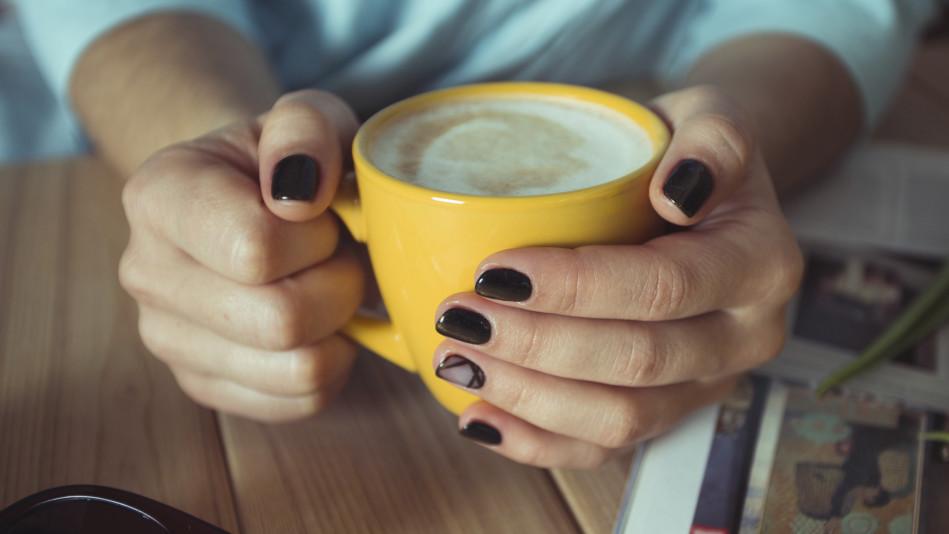 fingernail cracks treatments